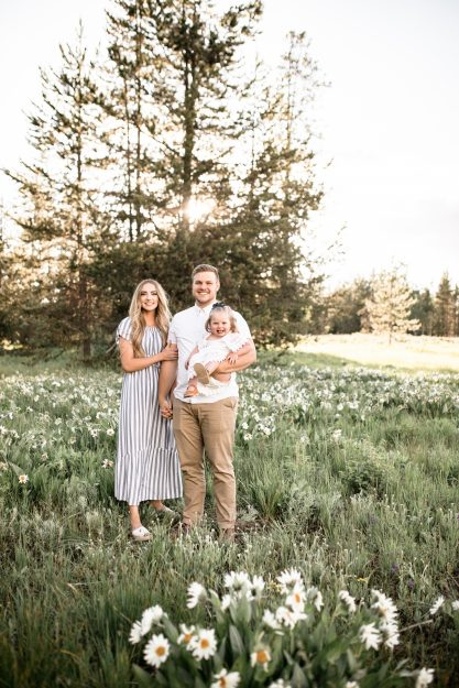 Family photo session in wildflowers